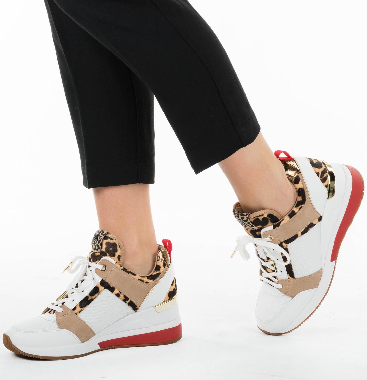ba9717ac331 Witte MICHAEL KORS Sneakers GEORGIE TRAINER - Omoda.nl