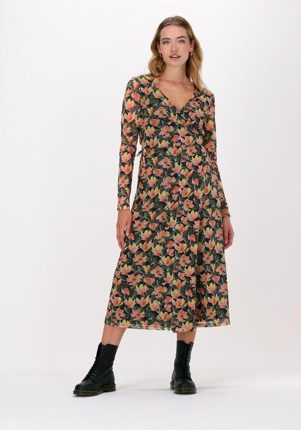 Oranje NA-KD Midi jurk OVERLAP MIDI DRESS - larger