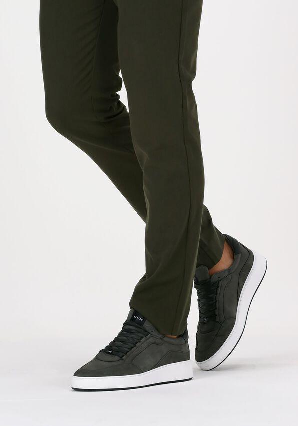 Grijze NUBIKK Lage sneakers JIRO JADE  - larger