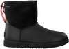 Zwarte UGG Enkelboots CLASSIC TOGGLE WATERPROOF  - small