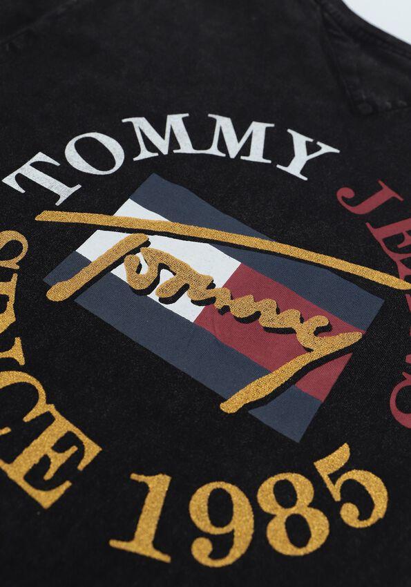 Zwarte TOMMY JEANS T-shirt TJW RLXD VINTAGE BRONZE 2 TEE - larger
