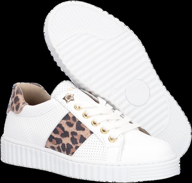 Witte BULLBOXER Lage sneakers AIB006ESL  - large