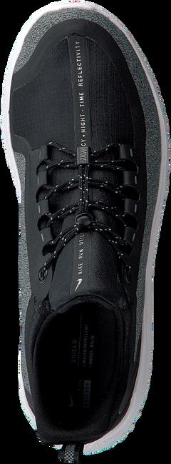 Zwarte NIKE Sneakers NIKE RENEW RIVAL SHIELD BG - large
