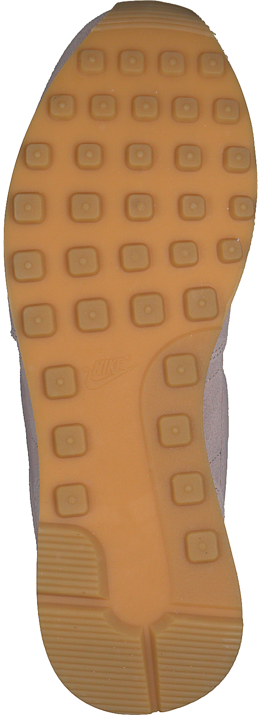 sports shoes 81376 8e79d Roze NIKE Sneakers INTERNATIONALISR SE WMNS - large. Next