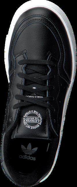 Zwarte ADIDAS Sneakers SUPERCOURT C  - large