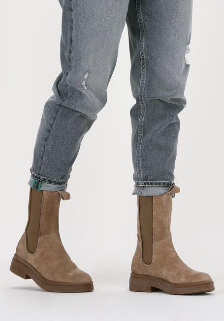 Beige OMODA Chelsea boots P21203  - large