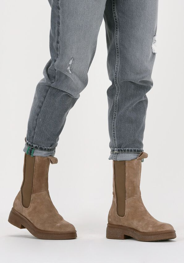 Beige OMODA Chelsea boots P21203  - larger