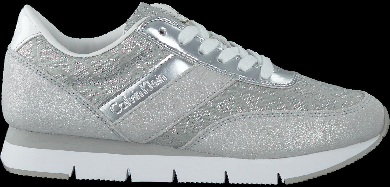 0056a05e67a Zilveren CALVIN KLEIN Sneakers TEA - large. Next