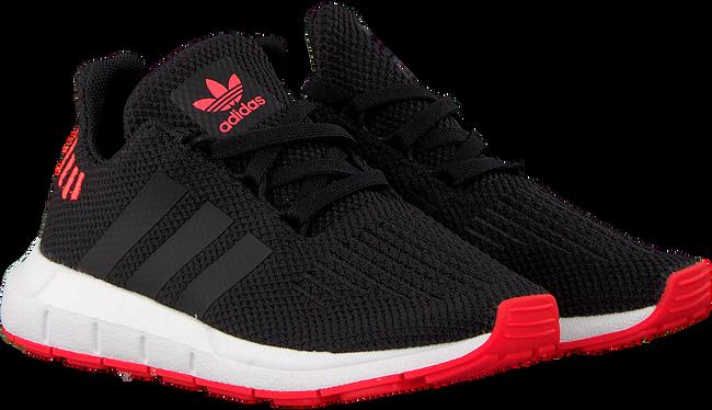 Zwarte ADIDAS Sneakers SWIFT RUN C - large
