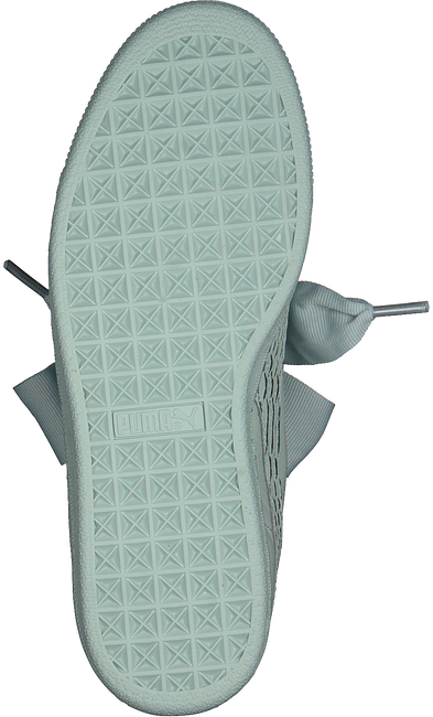Groene PUMA Sneakers BASKET HEART OCEANAIRE - large