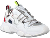 Witte TOMMY HILFIGER Lage sneakers CITY VOYAGER CHUNKY  - small