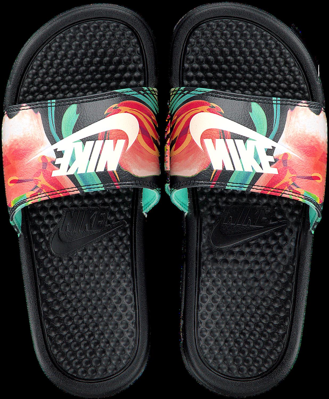 new products 5a009 f98bf Zwarte NIKE Slippers BENASSI JDI PRINT WMNS - Omoda.nl