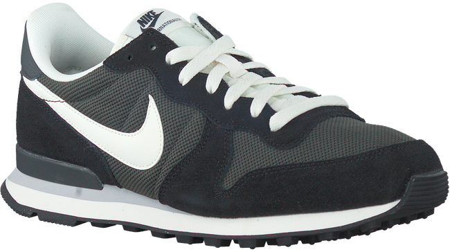 Zwarte NIKE Sneakers INTERNATIONALIST MEN  - large