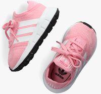 Roze ADIDAS Lage sneakers SWIFT RUN X I  - medium