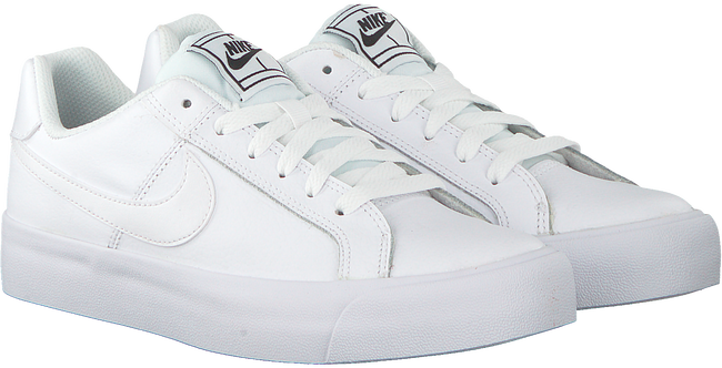 Witte NIKE Sneakers COURT ROYALE PLATFORM - large
