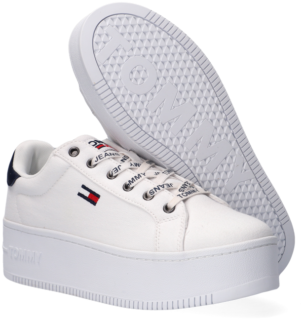 Witte TOMMY HILFIGER Lage sneakers ICONIC ESSENTIAL FLATFORM  - large