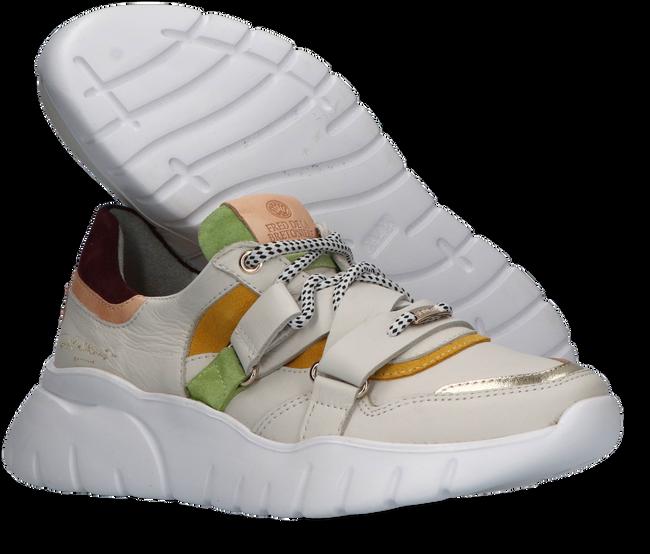 Beige FRED DE LA BRETONIERE Lage sneakers 101010200 - large