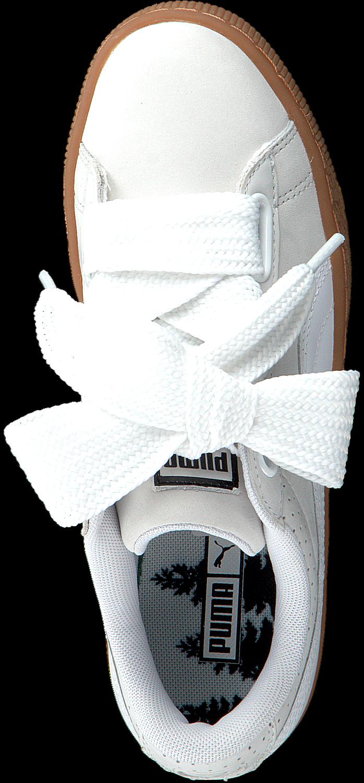 Witte PUMA Sneakers BASKET HEART PERF GUM WMN Omoda