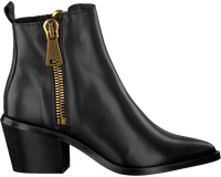 Giant zwarte bootys spuiten Personals