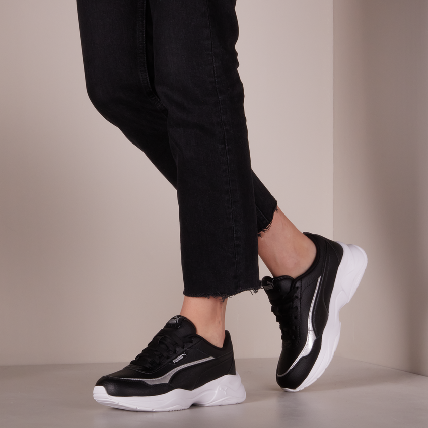Zwarte PUMA Lage sneakers CILIA MODE LUX - larger