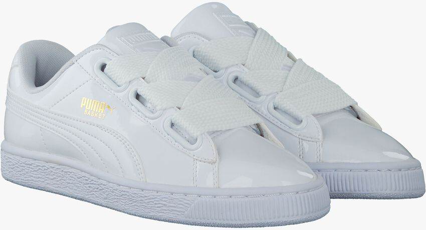 Witte PUMA Sneakers BASKET HEART PATENT  - larger
