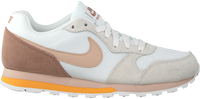 Witte NIKE Sneakers MD RUNNER 2 WMNS  - medium