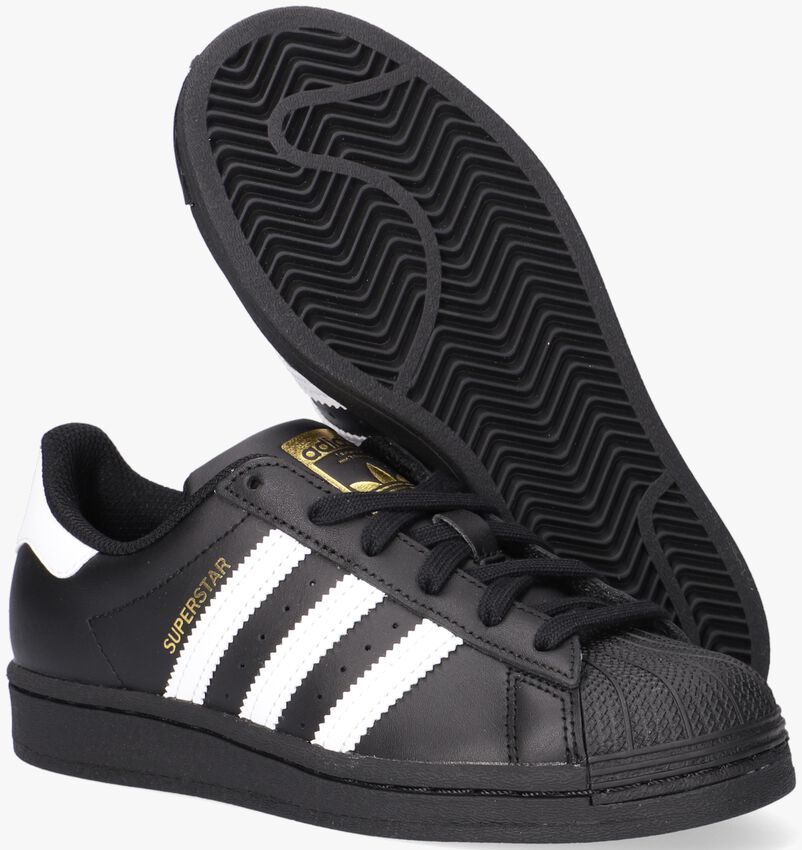 Zwarte ADIDAS Lage sneakers SUPERSTAR J  - larger