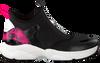 Zwarte MICHAEL KORS Lage sneakers WILLOW SLIP ON  - small