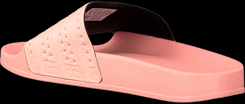 ef3a14e45fb Roze ADIDAS Slippers ADILETTE DAMES - large. Next