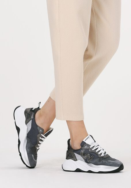 Zilveren WOMSH Lage sneakers FUTURA SILVER LINING  - large
