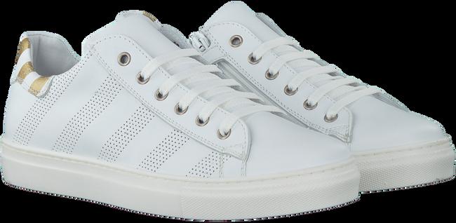 Witte OMODA Sneakers 544  - large