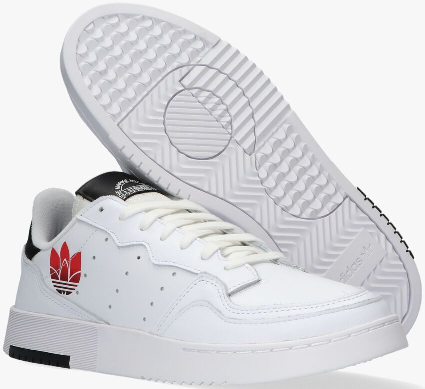 Witte ADIDAS Lage sneakers SUPERCOURT  - larger