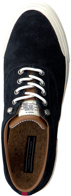 Blauwe TOMMY HILFIGER Sneakers HERITAGE SUEDE SNEAKER  - large