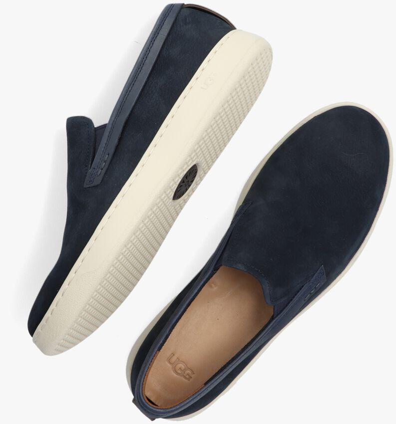 Blauwe UGG Slip-on sneakers  M PISMO LOW  - larger