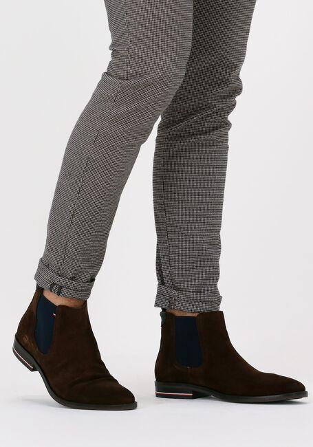 Bruine TOMMY HILFIGER Chelsea boots SIGNATURE HILFIGER  - large