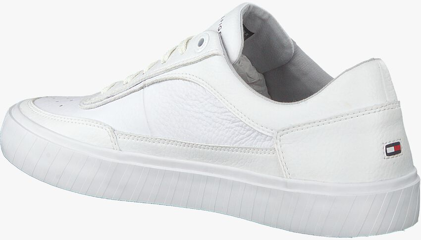 Witte TOMMY HILFIGER Lage sneakers CORPORATE PREMIUM  - larger