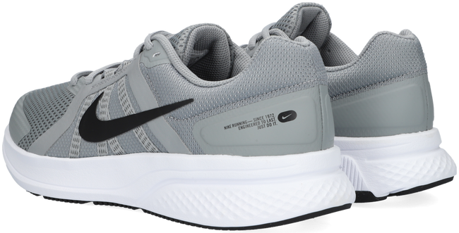 Grijze NIKE Lage sneakers RUN SWIFT 2  - large