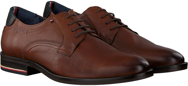 Cognac TOMMY HILFIGER Nette schoenen SIGNATURE HILFIGER SHOE  - large