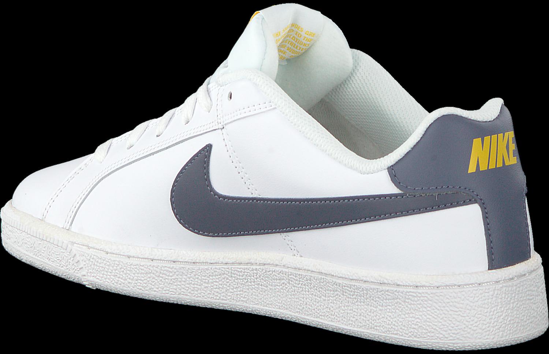 fb4d6654ede Witte NIKE Sneakers COURT ROYALE MEN. NIKE. -30%. Previous