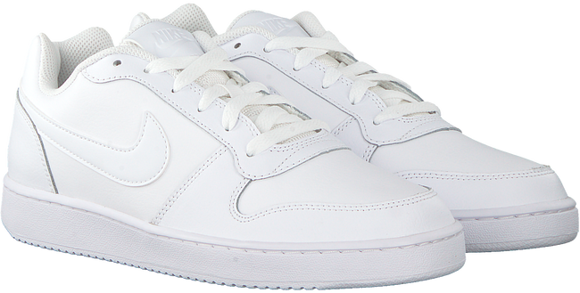 Witte NIKE Sneakers EBERNON LOW MEN - large