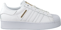 Witte ADIDAS Lage sneakers SUPERSTAR BOLD  - medium