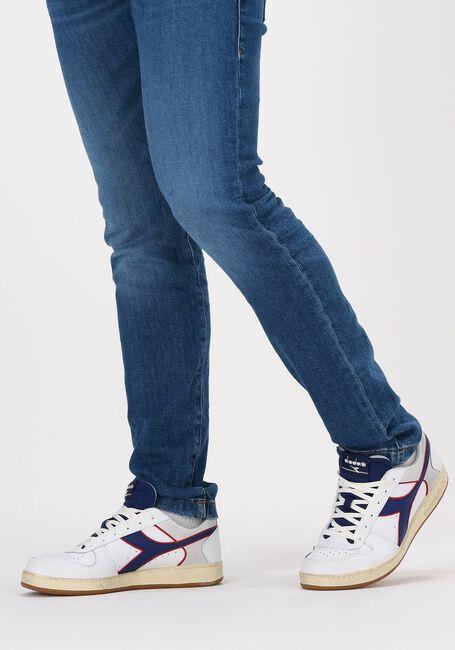 Witte DIADORA Lage sneakers MAGIC BASKET LOW ICONA  - large