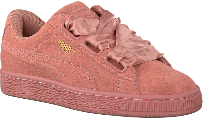 Roze PUMA Sneakers SUEDE HEART SATIN II  - large