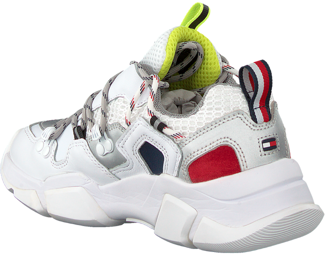 Witte TOMMY HILFIGER Lage sneakers CITY VOYAGER CHUNKY  - large