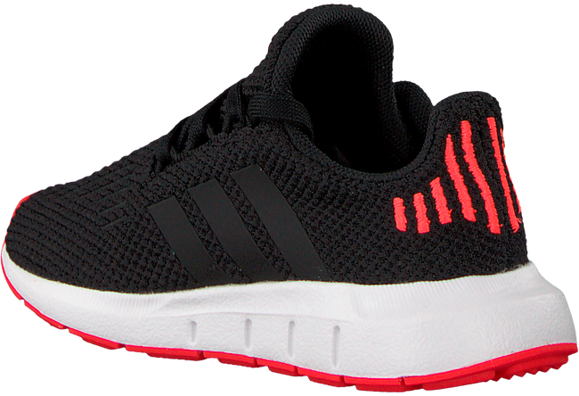 Zwarte ADIDAS Sneakers SWIFT RUN I - large