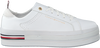 Witte TOMMY HILFIGER Lage sneakers MODERN FLATFORM  - small