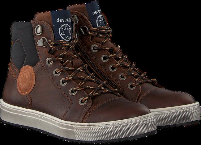 Bruine DEVELAB Sneakers 41537  - large