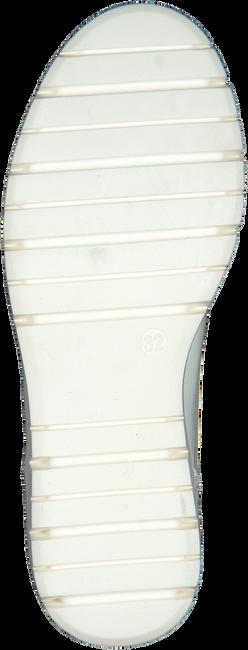 Witte BANA&CO Veterschoenen 24545  - large