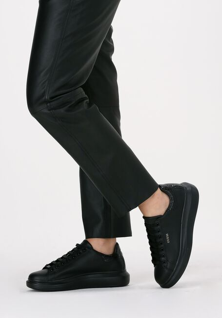 Zwarte GUESS Lage sneakers SALERNO  - large