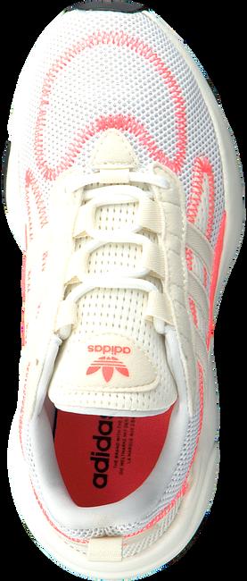 Witte ADIDAS Lage sneakers HAIWEE C - large